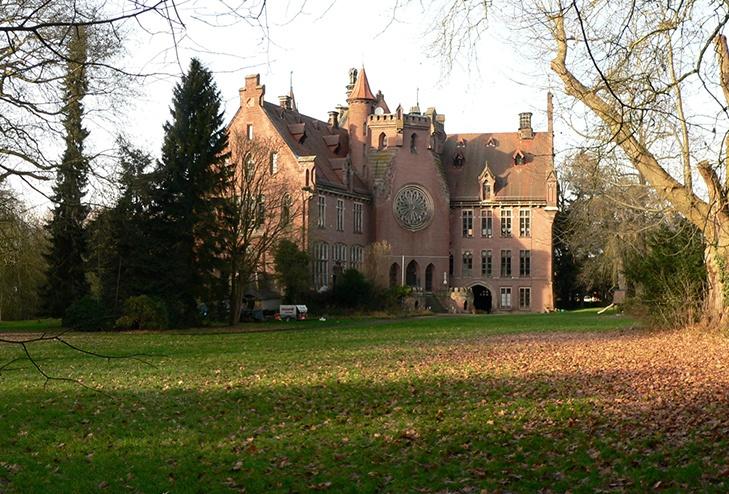 Früheres Schloss der Familie von Reden